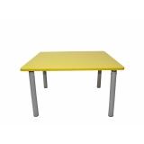 Стол детский Квадратный Цветной или Бук Пластик рег. 0-3